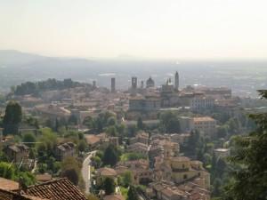 Výhled ze San Vigilio na Citta Alta