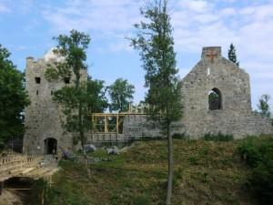 Ruiny hradu v Siguldě