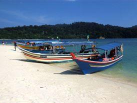 Pláž na ostrově Beras Basah