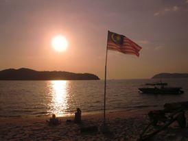 Západ slunce na Pantai Tengah